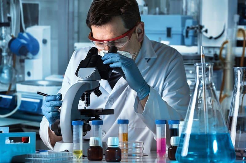 microbiologist_00